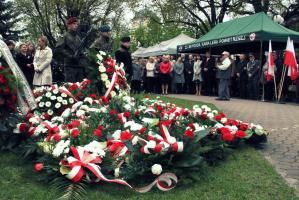 """""""Vivat Maj, 3 Maj"""".  Obchody w Tomaszowie Mazowieckim [ZDJĘCIA]"""