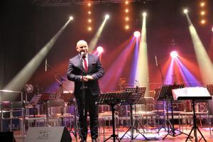"""Tłumy na Koncercie Karnawałowym w """"mechaniku"""""""